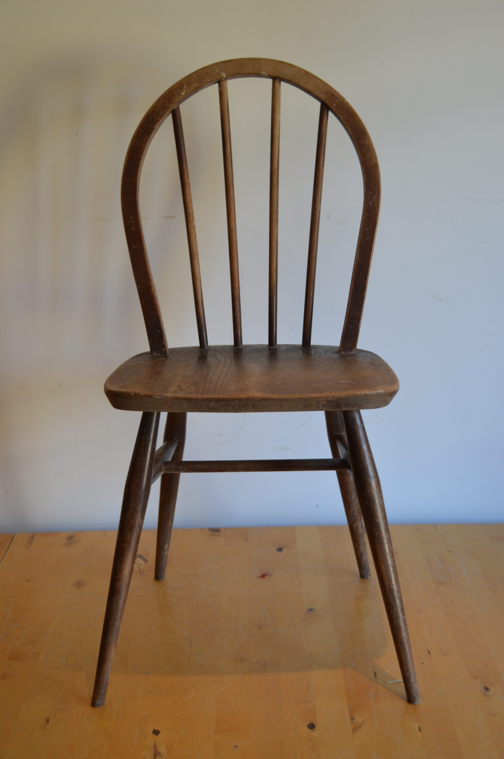 Windsor Chairs A Guide and History